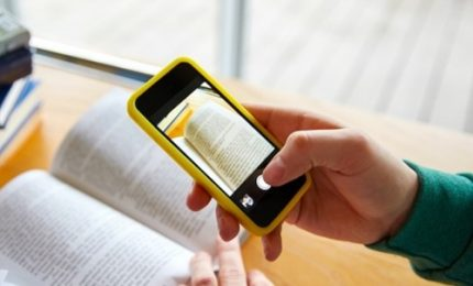 Smartphone a scuola? Studenti lo usano già