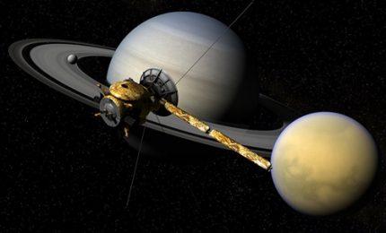 """Spazio, il """"suicidio"""" della sonda Cassini raccontato dalla Nasa"""