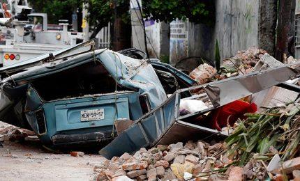 Terremoto Messico: oltre 60 morti, proseguono soccorsi