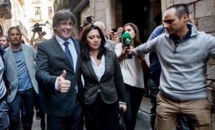 Il giudice belga concede la libertà condizionata a Puigdemont