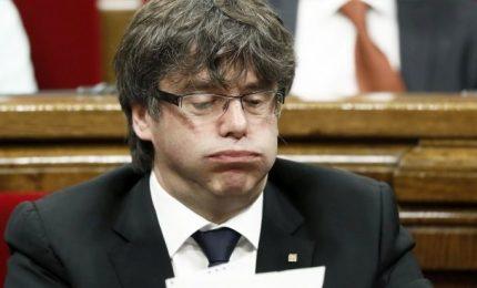 Catalogna, partito conto alla rovescia per sospensione autonomia