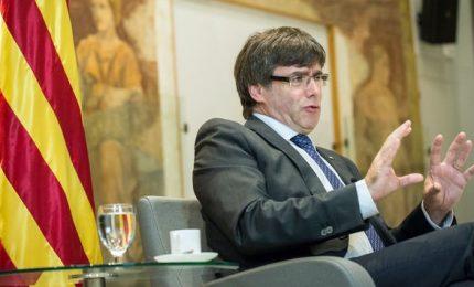 Puigdemont si candida e via Twitter inizia la campagna dal Belgio