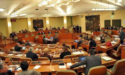 Consiglio approva la legge omnibus