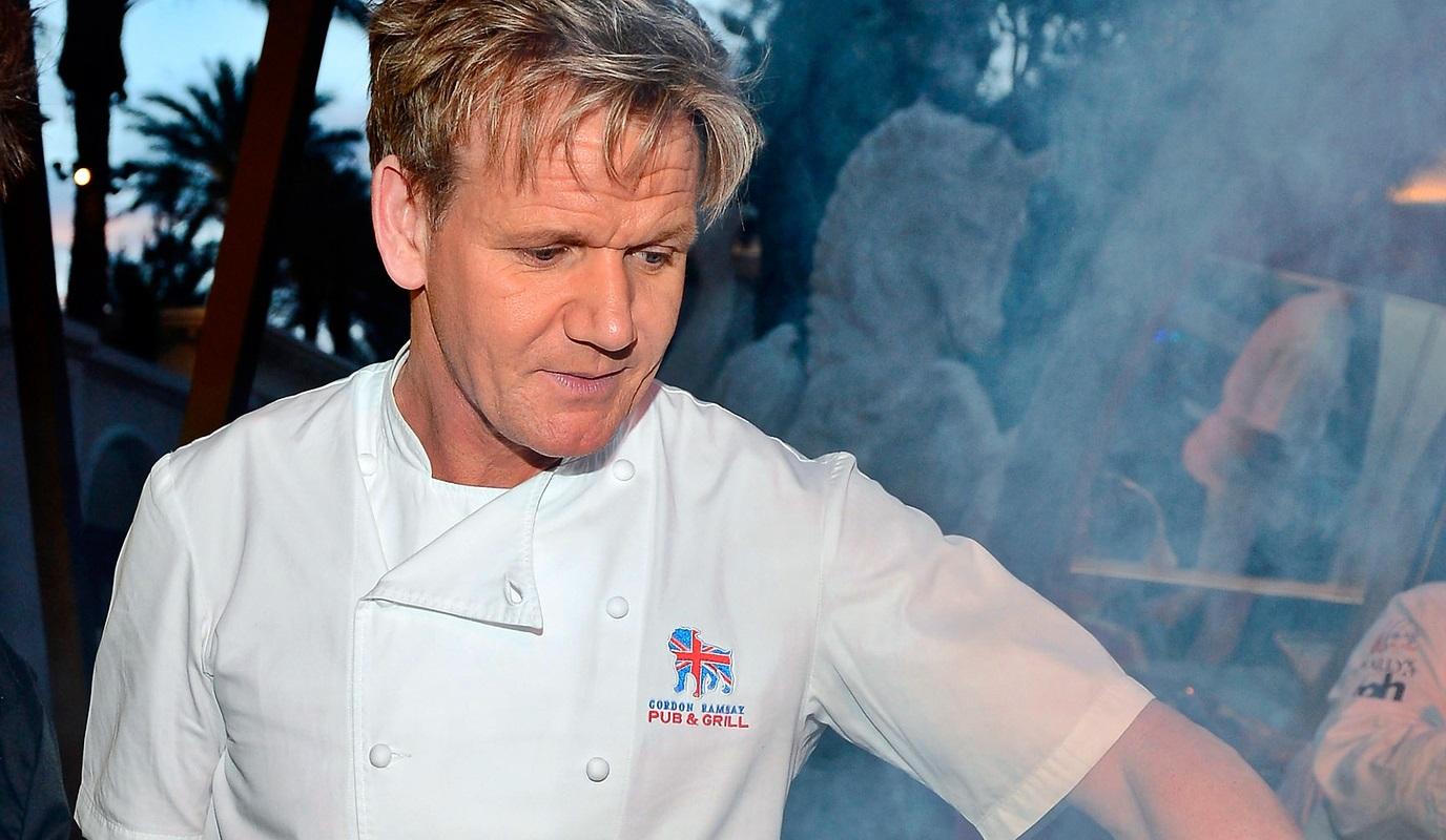 """La denuncia dello chef Gordon Ramsay: """"Nella ristorazione l'uso della cocaina è molto diffuso"""""""