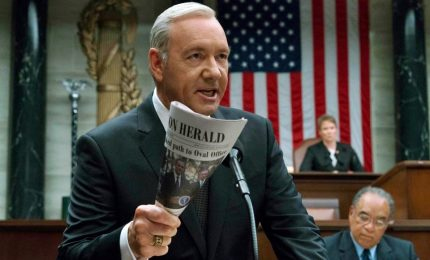 Kevin Spacey rischia la carriera, Hollywood diviso sul coming out. Netflix chiuderà House of cards dopo la sesta stagione