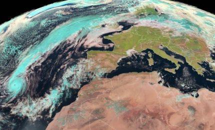 L'uragano Ophelia si dirige verso l'Irlanda e la Gran Bretagna