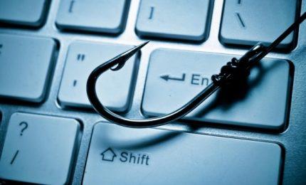 Phishing, 60% dipendenti 'abbocca' a link ingannevoli