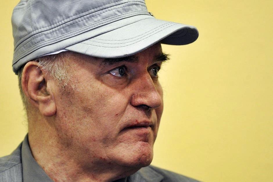 """""""Macellaio dei Balcani"""" Mladic, verdetto atteso il 22 novembre"""