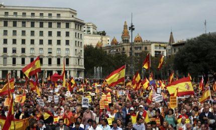Festa nazionale in Spagna, a Barcellona unionisti in piazza