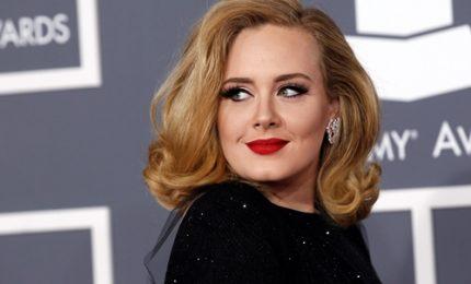 Adele, un taglio con l'ex da un milione di sterline
