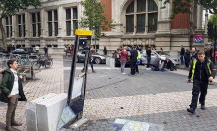 Autovettura su pedoni a Londra, feriti e un arresto