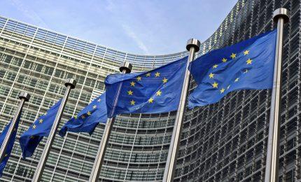 Bruxelles taglia stime crescita Italia: 2018 +1,3%, fanalino di coda Ue