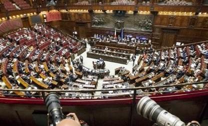 La crisi in Venezuela approda alla Camera. Salvini: Maduro è fuorilegge, ora elezioni