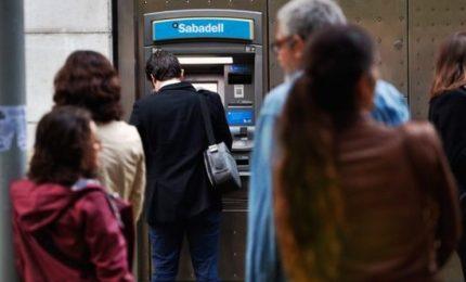 Catalogna, protesta bancomat degli indipendentisti