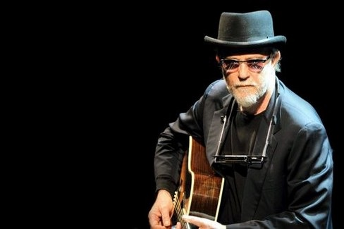 De Gregori, Tour nei club europei. Sarà anche a New York
