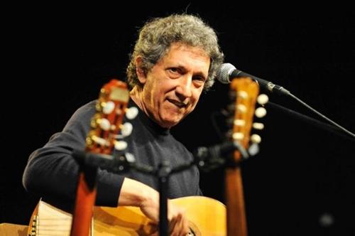 Eugenio Bennato, online il video di 'No logic song'