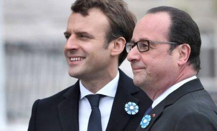 """Fisco, guerra aperta tra Macron e il """"predecessore"""" Hollande"""