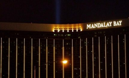 Las Vegas, strage vista dalla body camera di un agente