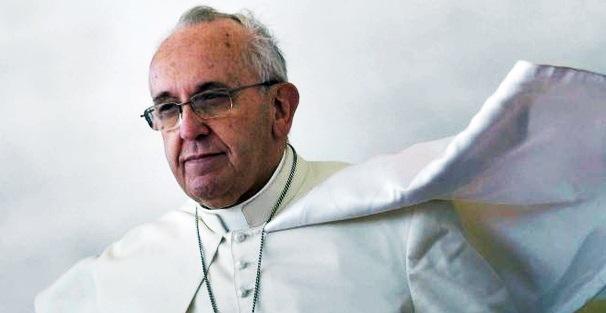 Indipendenza Catalogna, Puigdemont apre al dialogo e punta a mediazione del Vaticano
