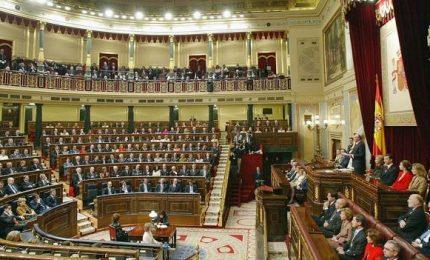 In Spagna vince la sinistra, ultradestra in Parlamento. Rebus maggioranza