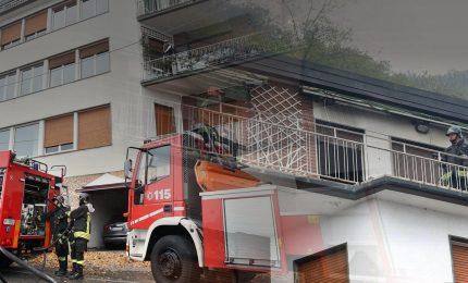 Rogo in appartamento, morti 3 bimbi e papà. La quarta sorellina è in condizioni gravissime