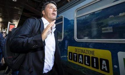 Renzi rivendica linea su banche ma apre a Mdp e su premiership