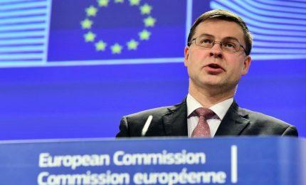 """Bruxelles promuove (con riserva) manovra ma debito pubblico """"preoccupante"""""""