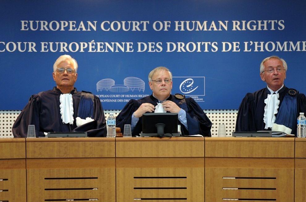 Strasburgo, al via l'udienza per Berlusconi: