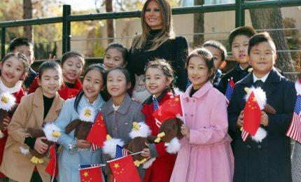 Melania Trump visita lo zoo di Pechino