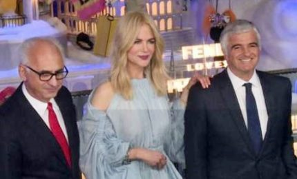 Nicole Kidman inaugura la vetrina di Natale a Printemps Parigi