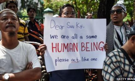 I profughi Rohingya infuriati con Papa Francesco. Bergoglio non ha previsto tappa