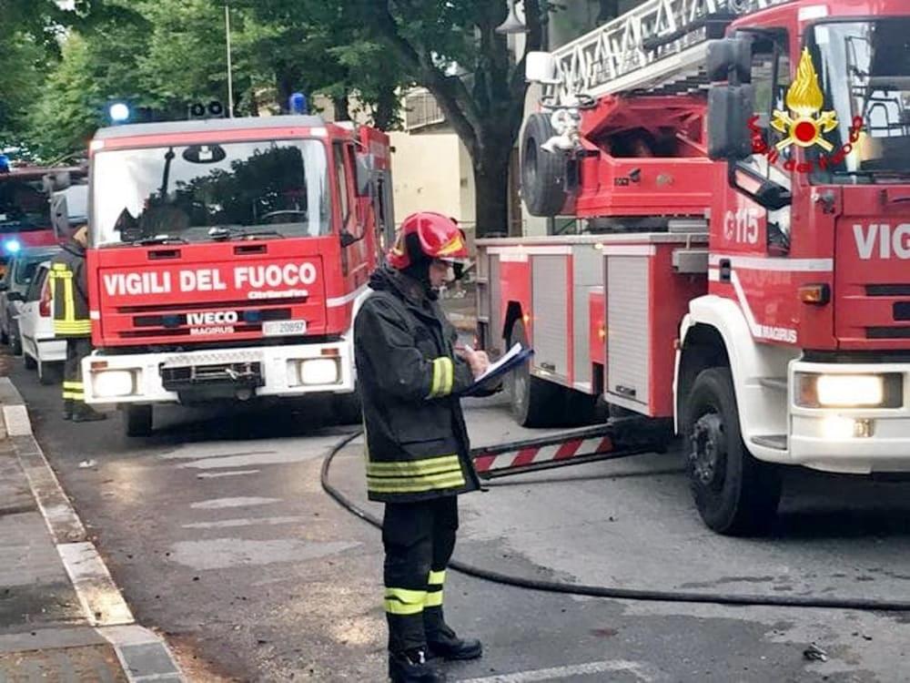 Crolla parte solaio appartamento, tragedia sfiorata a Pescara