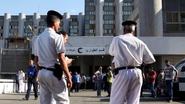 Attacco in moschea: oltre 50 morti