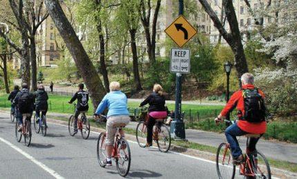 Boom delle biciclette a New York, la Grande mela su due ruote