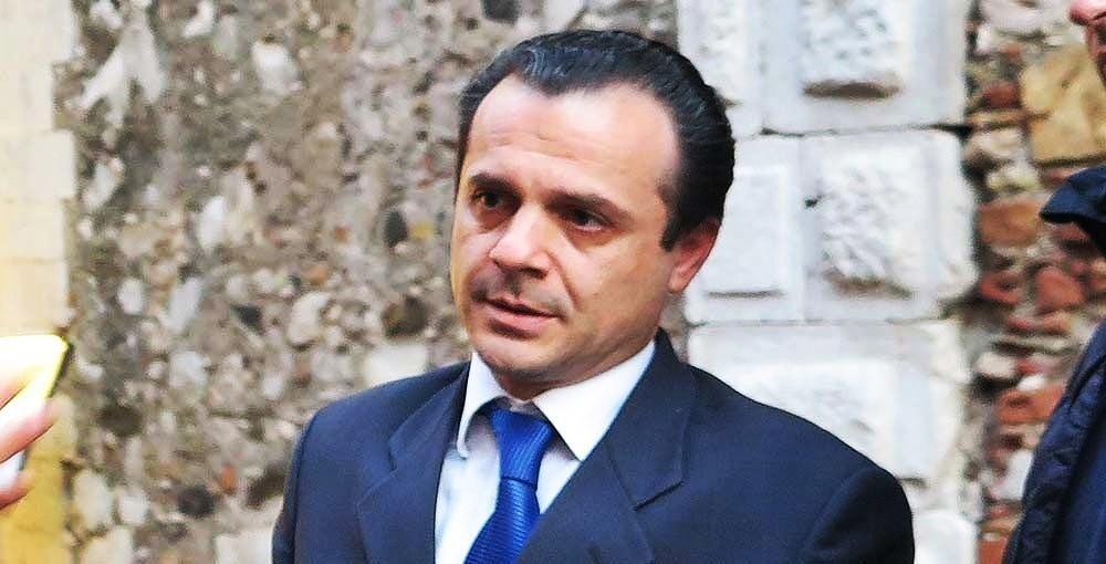 Sindaco di Messina De Luca rinviato a giudizio, cade reato associativo