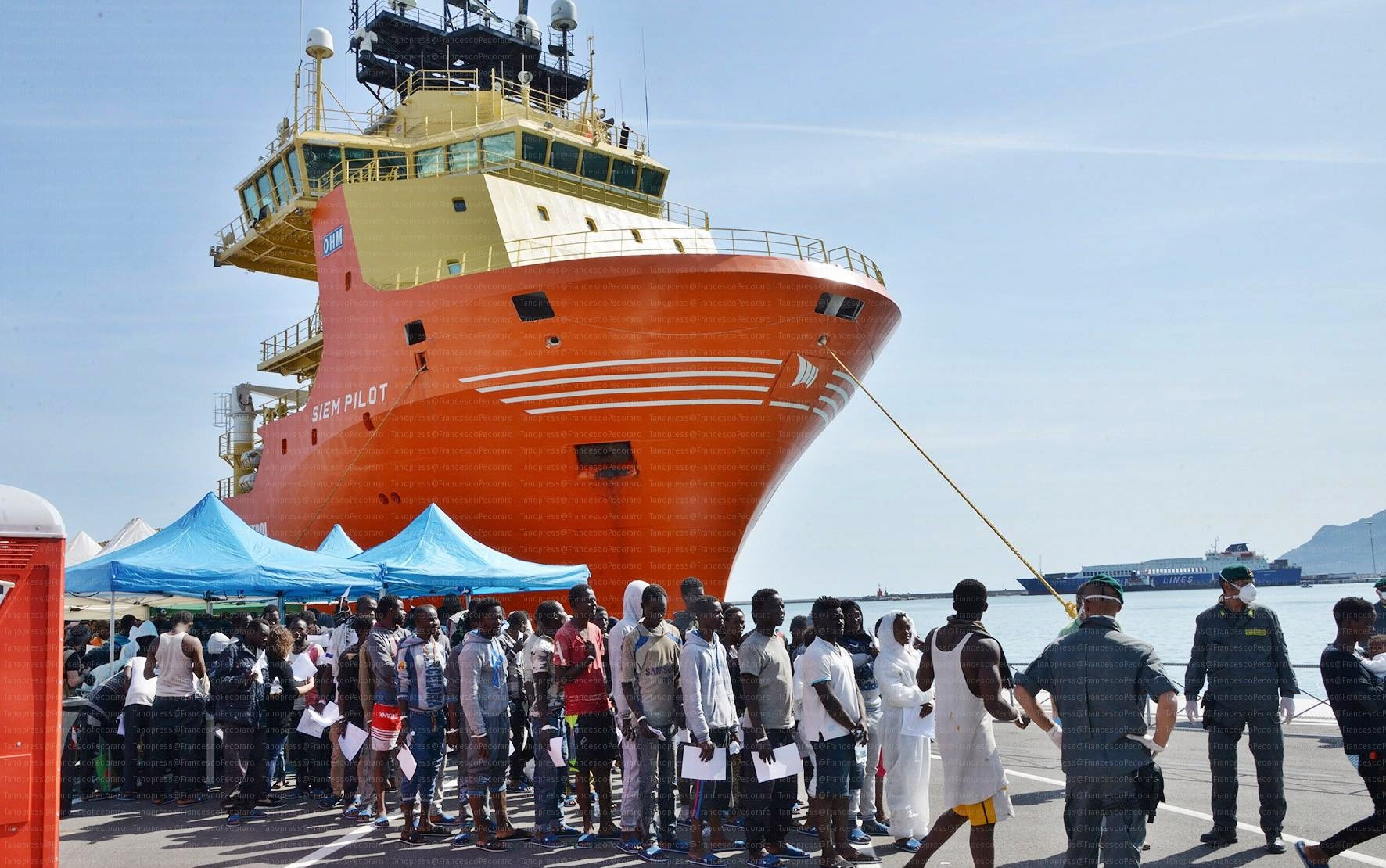 Accordo Portogallo con Francia e Spagna per migranti Aquarius
