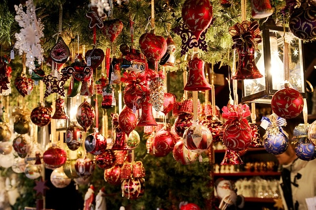 Lazise, lavori in corso per il più grande Natale del Lago di Garda