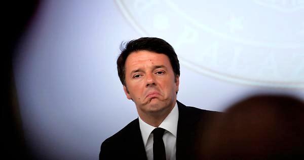 Elezioni Politiche 2018, Matteo Renzi pensa all'abolizione del Canone Rai
