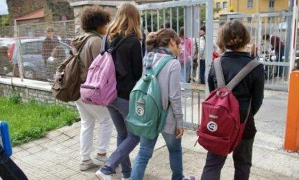 Minori 14 anni, ok uscire soli da scuola