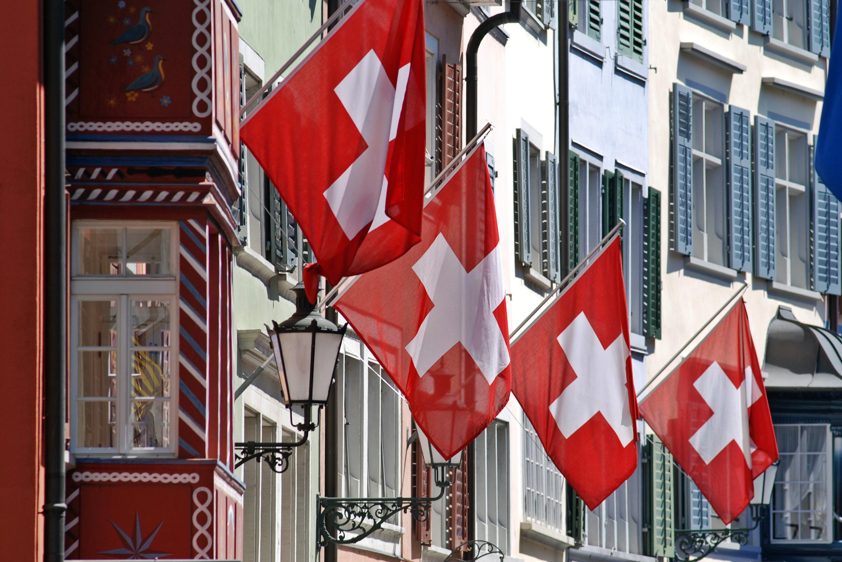 Fisco, Svizzera avvia scambio telematico dati finanziari