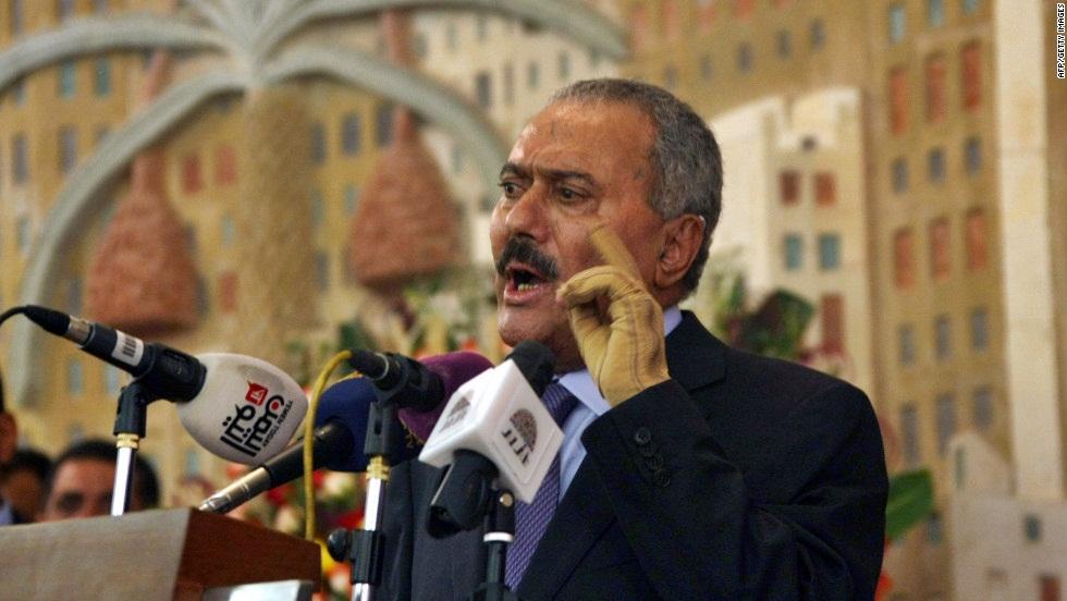 Yemen: ex presidente Saleh ucciso mentre fuggiva da Sanaa