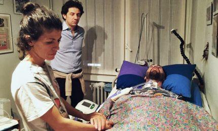 Dj Fabo, al processo video choc crisi respiratoria. Anche pm si commuove