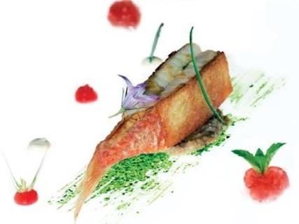 """Lo chef Rocco De Santis: """"Il mio piatto preferito? La triglia in crosta di pane"""""""