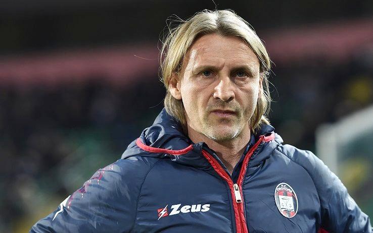 Calcio, Davide Nicola si dimette da allenatore del Crotone
