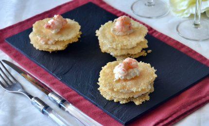 Millefoglie di parmigiano, la ricetta. Gustoso antipasto natalizio. E non solo