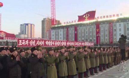 Nord Corea, festa in piazza dopo lancio del missile