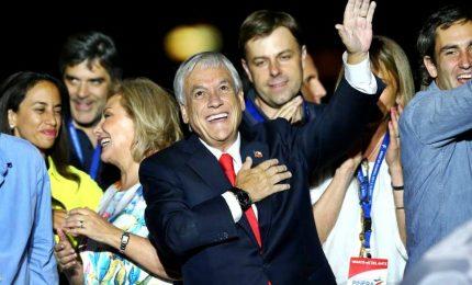 Pinera eletto presidente, anche il Cile svolta a destra
