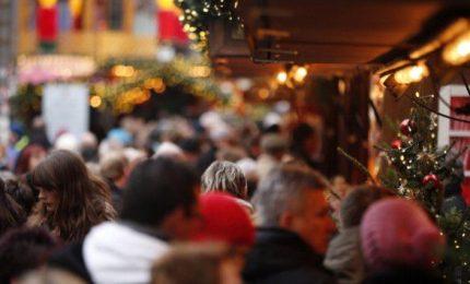 Natale, Confesercenti: oltre 6 milioni a caccia ultimi regali