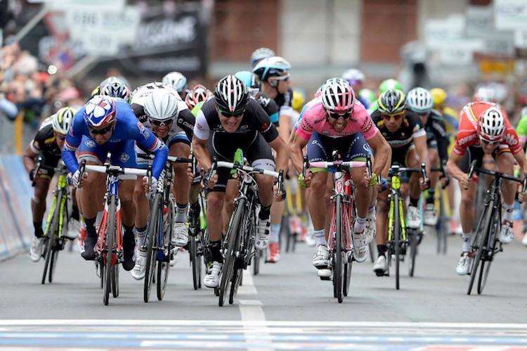 Giro d'Italia, si parte sabato da Bologna