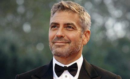 George Clooney ha regalato 1 milione a ognuno dei suoi 14 amici